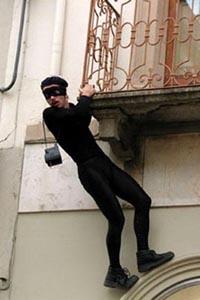 ladro appeso da Bottega Battipanni (http://theatrenvol.org/index.phtml?id=21)