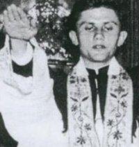 Un prete